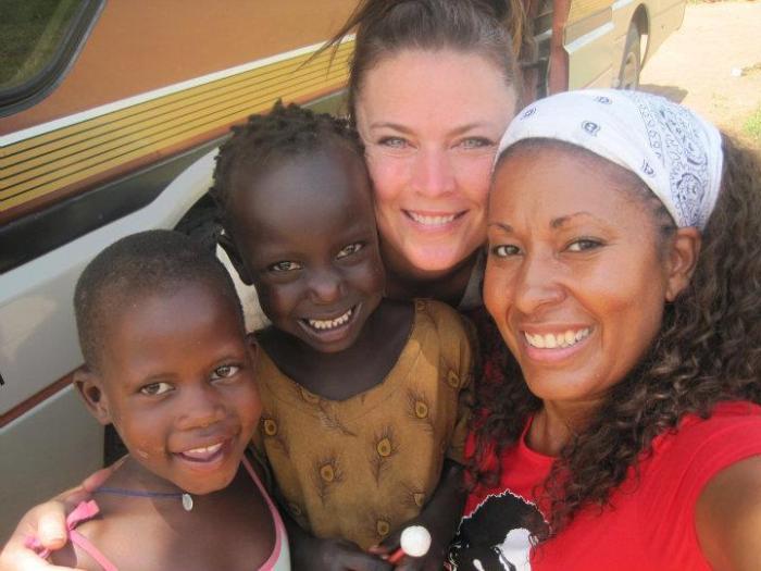 Jodi & Nichet in Uganda